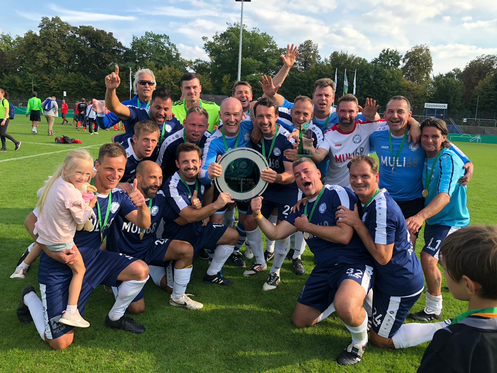 DFB Ü40-Cup in Berlin: Blau-Weiß 90 holt den Titel